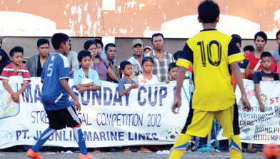 PT. JHONLIN MARINE LINES di : MARK SUNDAY CUP II Street Futsal Competition 2012
