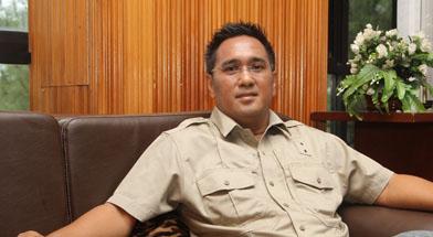 Jhonlin Group, Ghimoyo, CEO Jhonlin group, Kalimantan Selatan, Batulicin, h isam