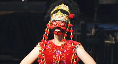 Jhonlin Group, Kalimantan Selatan, Batulicin, Tari Topeng Cirebon, Sibuta, h isam