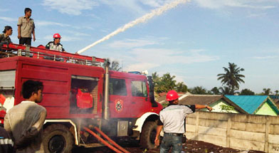 Jhonlin Group, ERT, Kalimantan Selatan, Tanah Bumbu, Batulicin, Pemadaman Kebakaran, h isam