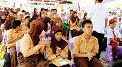 Jhonlin Group, CSR, Peningkatan Pendidikan, Kalimantan Selatan, Tanah Bumbu, Batulicin, Hari Kemerdekaan, h isam