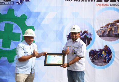 PT. Jhonlin Baratama Terima Penghargaan Jam Kerja Aman dari PT. Arutmin Indonesia